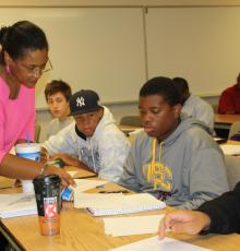Janet Feldon assists students in Creating College Success class