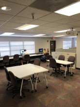 Image of the Green Flag Mesa business development center shared office space