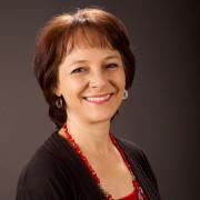 Nora Amavisca Reyes